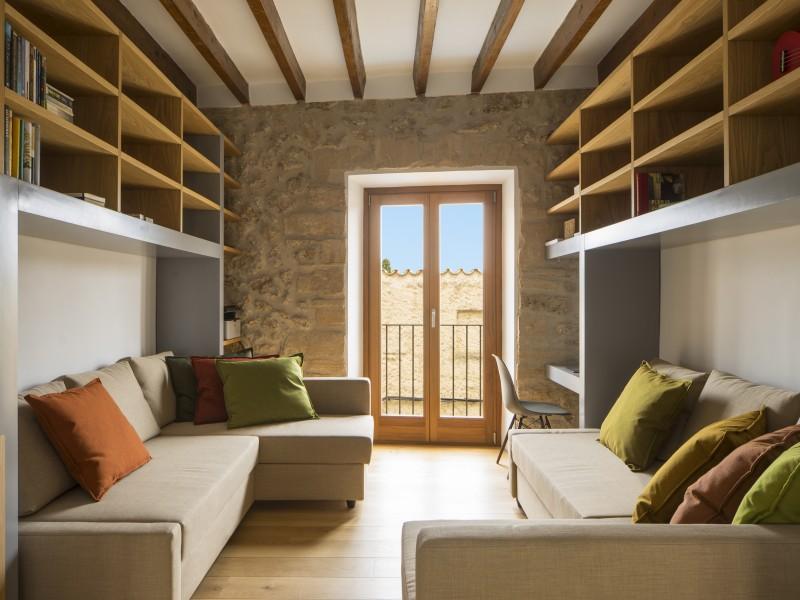 Bibliothek/Lese- und Arbeitszimmer
